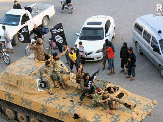«Исламское государство» получило поддержку двух отделений «Аль-Каиды»