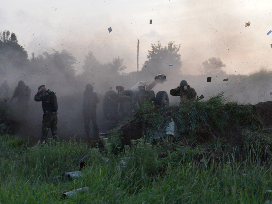 Украинская армия взяла Саур-Могилу; В Луганске и Донецке снова гибнут гражданские