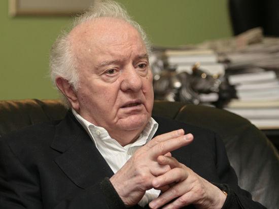 Скончался бывший президент Грузии и экс-глава МИД СССР Эдуард Шеварднадзе