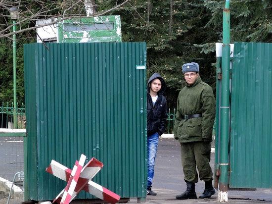 Украина закрыла четверть КПП с Россией, на следующей неделе страны разделит