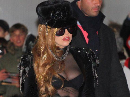 DailyMail: Леди Гага тайно вышла замуж?