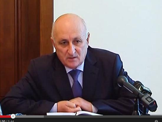 Премьер Абхазии подал в отставку вслед за президентом
