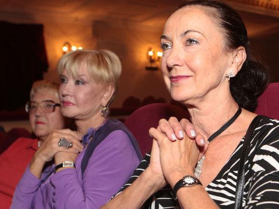 Пушкинский театр в роли любовницы