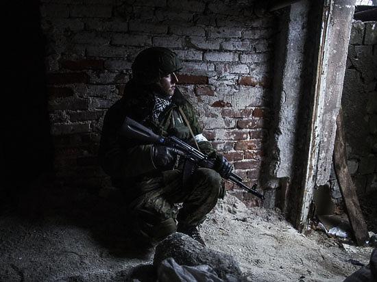 Эксперты: «ДНР и ЛНР оформятся в границах Донецкой и Луганской областей, а Порошенко свергнет новый кровавый диктатор»