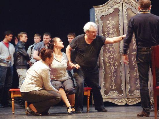Режиссер Юрий Александров считает Петрозаводск городом, где опера будет процветать