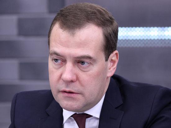 Дмитрий Медведев в Липецке не прокомментировал ситуацию с «Боингом»