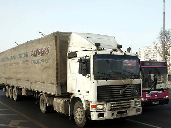 В центре Москвы увеличится число парковок для грузовиков