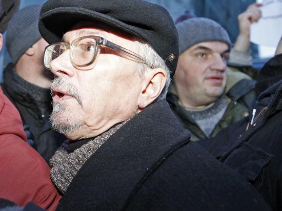 Советы ополченцам Донбасса от Лимонова: рыть окопы и переложить баррикады