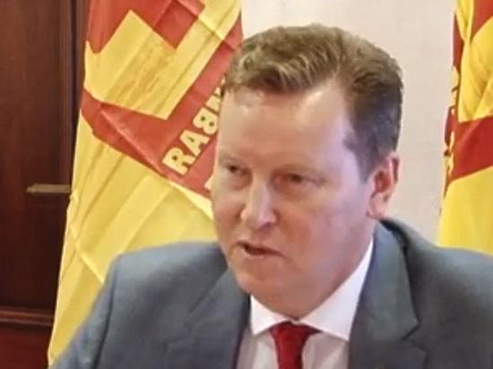 Депутат Нилов раскритиковал сенатора Добрынина: «Поменьше общайтесь с Милоновым»