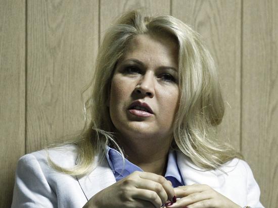 Суд по делу Васильевой: сотрудники, сбывавшие военную недвижимость, называли Сердюкова
