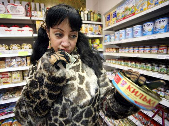 Социологи выяснили связь между политическими пристрастиями россиян и отношением к продуктовым санкциям