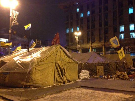 Майдан послушался Кличко и начал сворачивать палатки