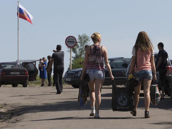 Беженцы - России, Донбасс — Порошенко? Впечатления от прифронтового «Новошахинска»