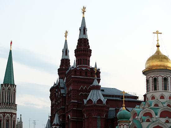 В Кремле в этом году постится каждый второй чиновник