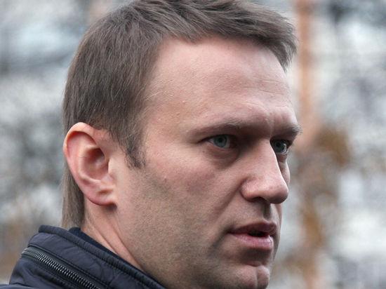 В окружении художника, чью работу изъяли у Навального, удивлены: