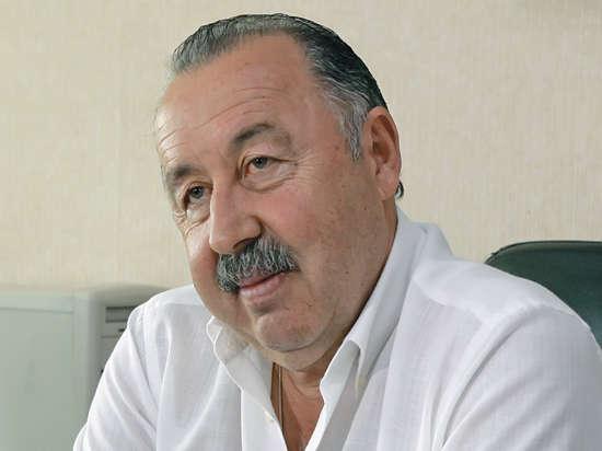 Валерий Газзаев: лучший подарок — мяч