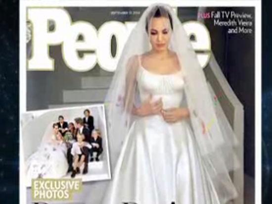 Новое платье Малефисенты: Анджелина Джоли показала наряд со свадьбы с Бредом Питтом