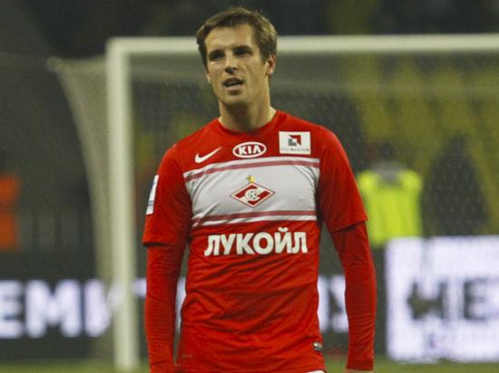 Защитник «Спартака» Комбаров может перейти в «Торпедо»