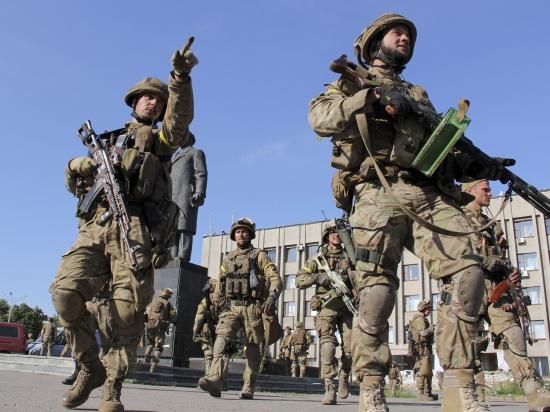 Киев утверждает, что российские военные обустраиваются на границе с Харьковской и Черниговской областями