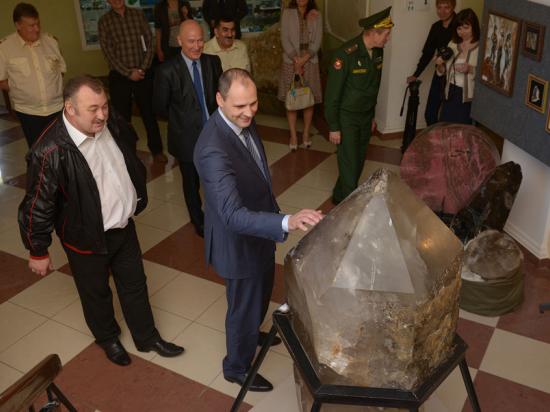 Председатель правительства Свердловской области Денис Паслер провел выездные встречи по подготовке к 100-летию Горного университета