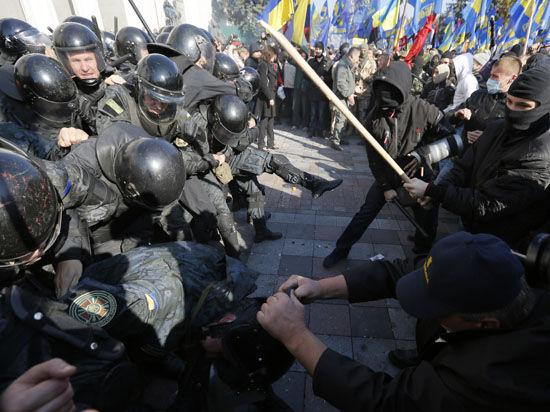 Эксперты считают, что эпидемия протестов на Украине набирает обороты