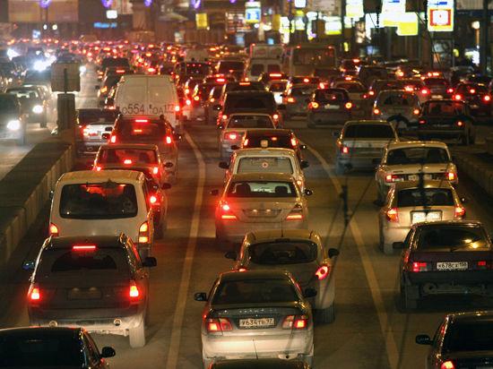 Власти обещают, что Пятницкое шоссе вскоре изменит направление
