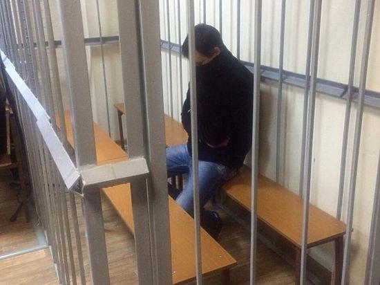 Убийцу пенсионера в поликлинике отправили под домашний арест