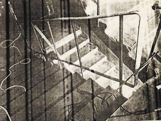 Коммунальщики тянули с ремонтом подъезда до первого покалеченного жильца