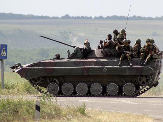 Бери шинель, пошли домой: Под Луганском воинская часть армии Украины сдалась ополченцам