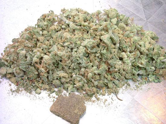 Марихуану в пищу как выращивать марихуану документальный фильм
