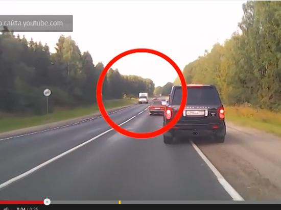 Пьяного водителя, сбившего американского велосипедиста, поймали другие автомобилисты