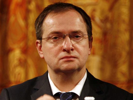 Мединский пообещал разобраться с варварами, которые жарят шашлыки на развалинах Херсонеса в Крыму