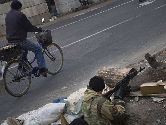 Украинские военные пошли в наступление? В Ясиноватую вошли танки