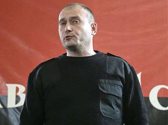 Ярош пригрозил походом на Киев в полном снаряжении