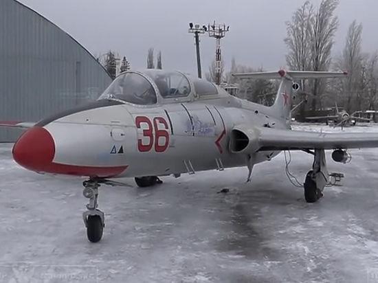 Авиация ЛНР разбомбила колонну украинских войск