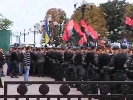 Власть Украины будет очищена: Рада приняла закон о люстрации