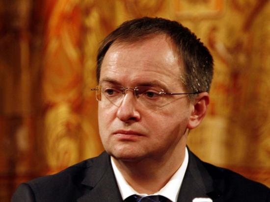 Мединский предложил Украине запретить Гоголя,