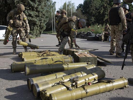 Украинская армия окружает Луганск и бомбит жилые кварталы
