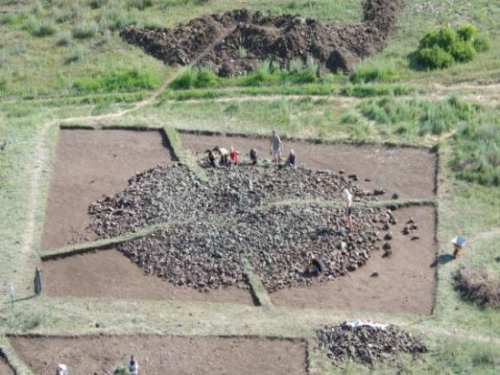 Молодая омичка приняла участие в раскопках знаменитых тувинских курганов
