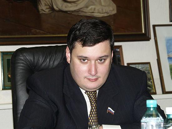 Депутата Хинштейна обвинили в подстрекательстве к убийству Немцова. Он подает в суд на Людмилу Нарусову