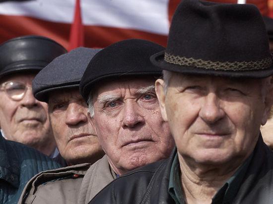 Только большой стаж и «белая» зарплата обеспечат достойную старость