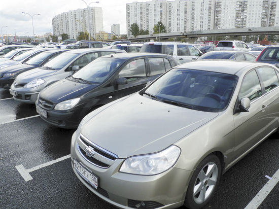 В Подмосковье начали разгребать автомобильные «завалы»