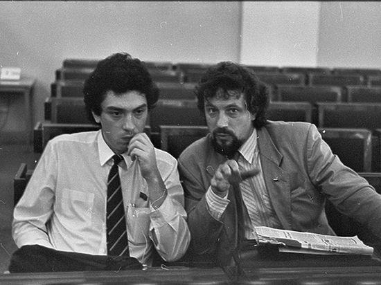 Неизвестный Немцов