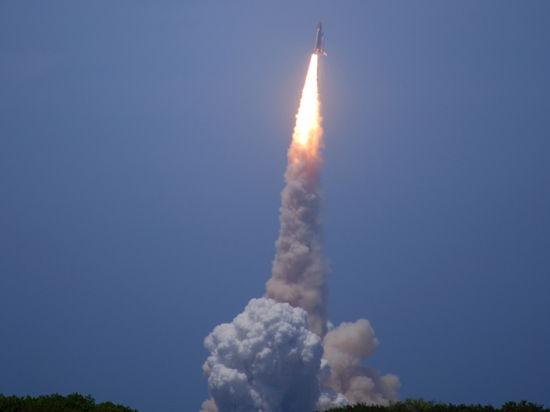 Путин одобрил идею создания сверхтяжелой ракеты - Россия готовится к полету на Марс