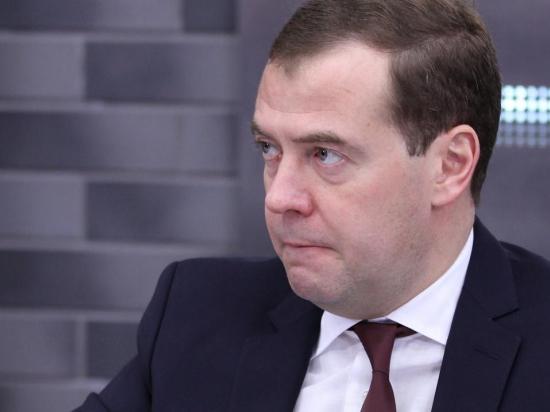 Твиттер Медведева взломал запрещенный «Шалтай Болтай»