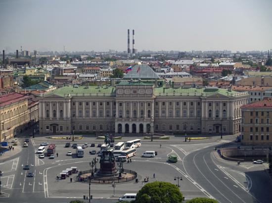 Беспрецедентная жара в Петербурге обвалила