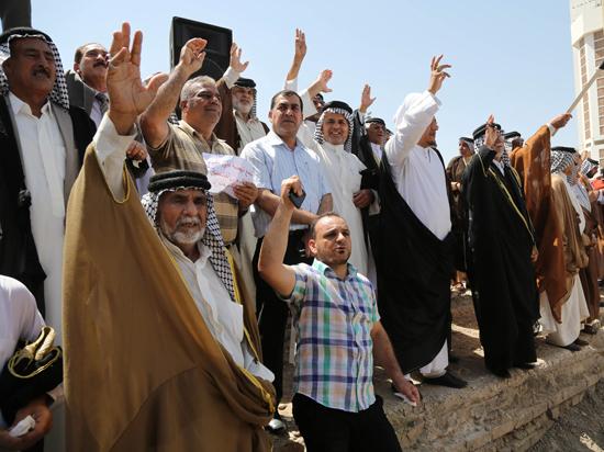 Танки в Багдаде: премьер Малики хочет отдать под суд президента Ирака