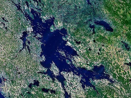 В Карелии упал метеорит, обрушив берег крупнейшего озера Европы