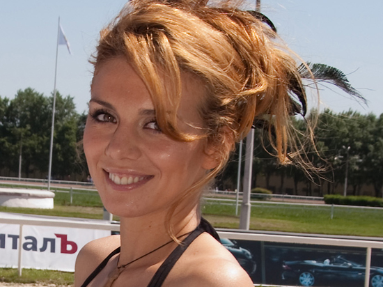 Экс-солистка «ВиаГры» Анна Седокова поддержала Порошенко