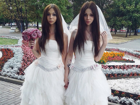 9a5fdc74b47 В Москве официально сочетались браком две невесты - МК